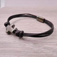 Men's Leather Cross Bracelet2