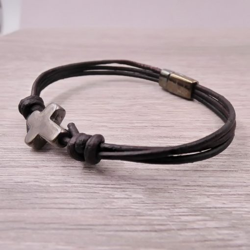 Men's Leather Cross Bracelet2